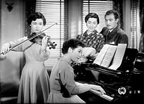 1952年の秘蔵作品「母子鶴」の一場面「母子鶴」