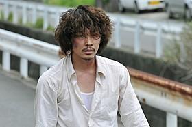 綾野剛は、悲しきハイジャック犯を熱演「天空の蜂」