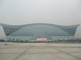 延べ床面積世界一を誇るビル「新世紀環球中心」「ミッション:インポッシブル」