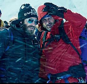 クラークとギレンホールは、暇さえあればトレーニングに明け暮れたという「エベレスト 3D」