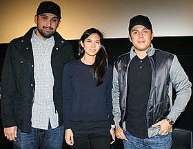 (左から)マーク・ビクトル、 マリー・ピネダ、ポール・ソリアーノ監督「キッド・クラフ 少年パッキャオ」