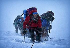俳優陣は実際にエベレストでの撮影に臨んだ「エベレスト 3D」