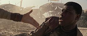 脱走兵のフィンは果たしてジェダイの騎士なのか?「スター・ウォーズ」