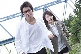 悟&愛梨の仕事風景とらえた劇中カットもお披露目「僕だけがいない街」