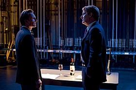 スティーブ・ジョブズになりきったマイケル・ファスベンダー(写真左)「スラムドッグ$ミリオネア」