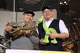 真鍋真博士とピーター・ソーン監督「アーロと少年」