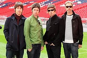 ロンドンのウェンブリー・スタジアムでのコンサート「オアシス」