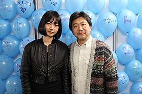 讃岐うどんを堪能した是枝裕和監督とペ・ドゥナ「空気人形」