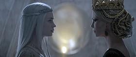 """""""邪悪な姉妹""""の誕生秘話を描く「スノーホワイト 氷の王国」「スノーホワイト」"""