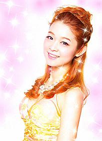金髪でキャバクラ嬢を演じた藤澤恵麻