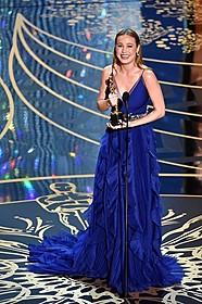 初の主演女優を受賞したブリー・ラーソン「ルーム」