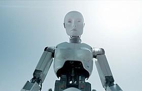 人工知能ロボットの運転スキルはいかに?「オートマタ」