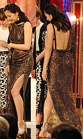 大胆露出のドレスで会場を魅了した長澤まさみ「映画 ビリギャル」