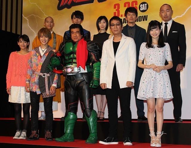 「仮面ライダー1号」藤岡弘、45年ぶりのマスクオフ姿にファン歓喜!