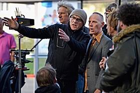 撮影を開始した、ダニー・ボイル監督(左)とユエン・ブレムナー「トレインスポッティング」