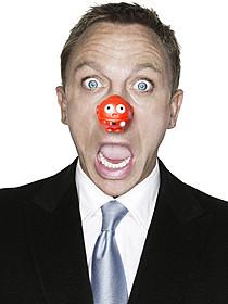 発祥地・英国ではダニエル・クレイグもこの表情!「ラブ・アクチュアリー」