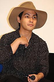 狂気の主人公を演じた柳楽優弥「ディストラクション・ベイビーズ」