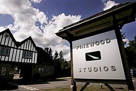 パインウッド・スタジオ「007 スペクター」