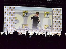 エディ・レッドメインが「ハリポタ」 シリーズでおなじみの呪文を披露!「ファンタスティック・ビーストと魔法使いの旅」