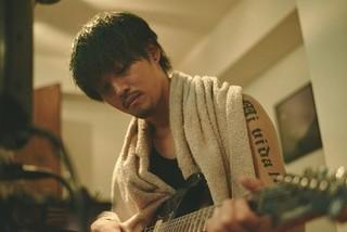 バンドマンになりきる松坂桃李「キセキ あの日のソビト」