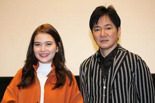横浜出身のジャッキー・ウー(右)と ベァ・パデェリア「TOMODACHI」