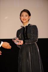 ARIGATO賞授与式にゴジラ降臨!妻夫木聡&高畑充希&新海誠監督が受賞に歓喜