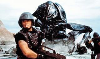地球連邦軍VSバグズの死闘再び「スターシップ・トゥルーパーズ」