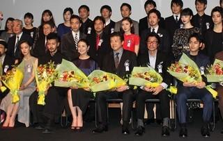 授賞式に出席した三浦友和、オダギリジョー、 小泉今日子、蒼井優、松岡茉優、小松菜奈ら「オーバー・フェンス」