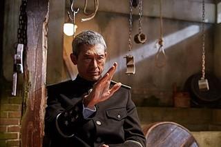 日本からは鶴見辰吾が参加!「密偵」