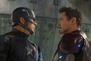 「シビル・ウォー キャプテン・アメリカ」の一場面「シビル・ウォー キャプテン・アメリカ」
