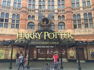現在は英ロンドン・ウェストエンドで絶賛上映中