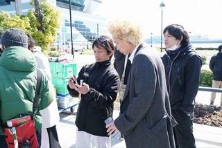 アクション監督・谷垣健治(左)も今作から参戦「新宿スワン」