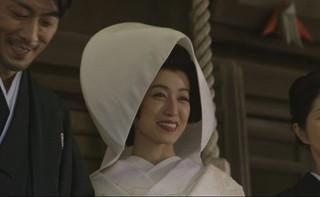 白無垢姿の及川奈央「真白の恋」