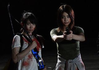 銃やアーチェリー、日本刀で吸血鬼と戦う「呪怨 ザ・ファイナル」