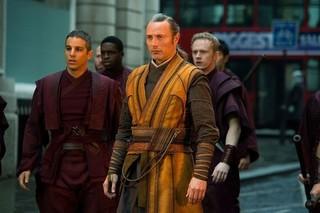 宿敵カエシリウスを演じたマッツが2度目の来日「ドクター・ストレンジ」