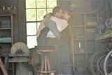 共演を機にカップルに!「光をくれた人」M・ファスベンダー&A・ビカンダーのラブラブ画像公開
