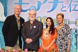 「モアナ」ヒロイン・屋比久知奈、公の場で初熱唱!夏木マリ感涙「スター誕生ね」