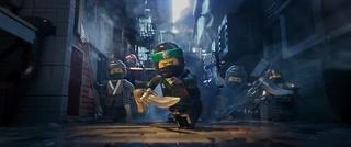 若き忍者ロイドたちの活躍を描く「LEGO(R) ムービー」