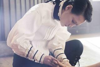 アンドロイドの靴職人を演じる菊地凛子「ハイヒール こだわりが生んだおとぎ話」