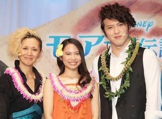 イベントを盛り上げた(左から) 夏木マリ、屋比久知奈、尾上松也「モアナと伝説の海」