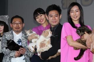 ネコと一緒にフォトセッション「ねこあつめの家」