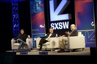 SXSWに登場したテレンス・マリック監督(右)