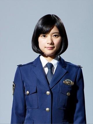 新人警察官役に挑戦する芳根京子「小さな巨人」