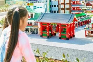 この浅草寺もレゴブロック製です「アドベンチャー」