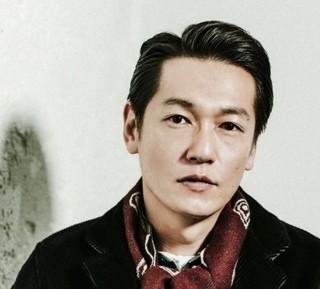 アメリカと闘った外交官・千葉一夫に 扮する俳優の井浦新