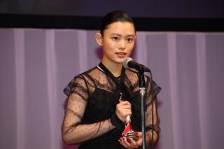 助演女優賞を獲得した杉咲花「湯を沸かすほどの熱い愛」