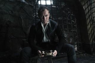 ジュード・ロウが無慈悲で狡猾な悪役に「キング・アーサー」