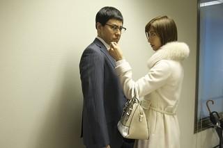 篠田麻里子、大胆な演技を披露「ビジランテ」