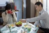 """ディーン・フジオカ&貫地谷しほりの""""夫婦生活""""切り取った「結婚」場面写真"""