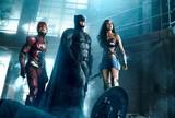 「ジャスティス・リーグ」予告編でバットマン&ワンダーウーマンが超人チーム結成